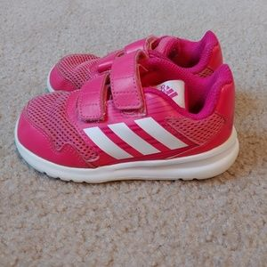 Girls pink and white 9k Adidas Tennis shoes